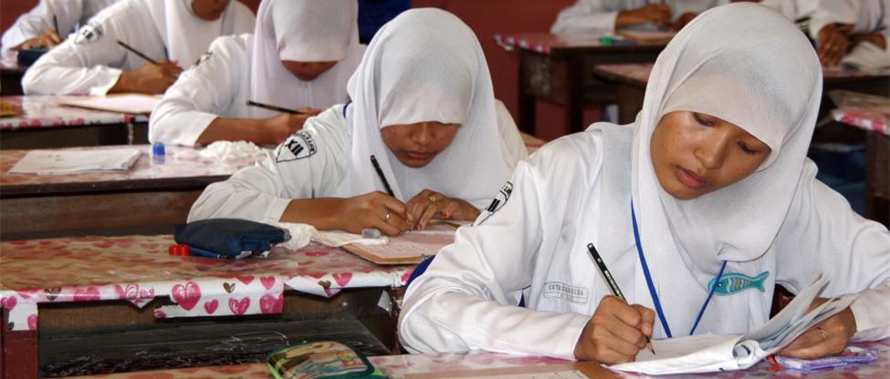 Kisi-kisi-Ujian-Nasional-SMA-2013 edit